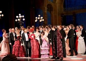 オペレッタ「こうもり」の一幕(写真出典:Volksoper Wienホームページ)
