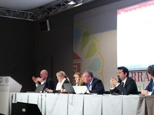 産業界の連携による実質的な削減貢献や適応策への支援の議論の方が、先に進み始めているようにも感じた。各国産業団体の関係者(Major Economies Forum on Energy and Climate)によるサイドイベント。
